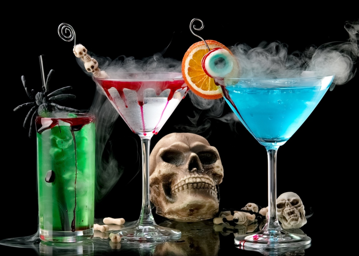 10 Must-Try Halloween Drinks Recipes!