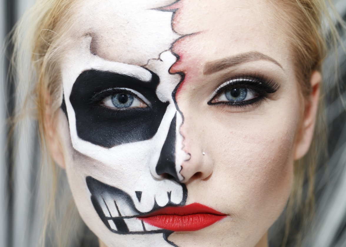 Incredibly Easy Chic Halloween Makeup Ideas